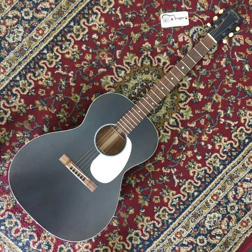 Martin 00L-17 Black Smoke, Spruce Top Acoustic Mahogany Back & Sides 00L17BLACKSMOKE